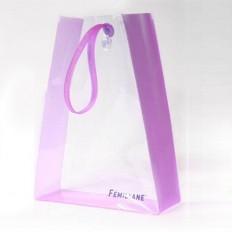 Оригинальная сумочка из ПВХ с ручками