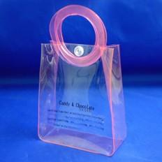 Косметичка для подарков с круглыми ручками и кнопкой