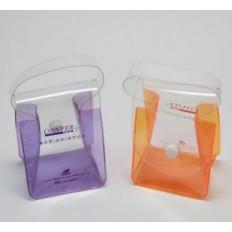 Косметичка-сумочка с клапаном на кнопке и с ручкой
